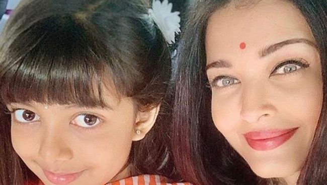 Bollywood actress Aishwarya Rai and daughter Aaradhya in hospital due to COVID-19
