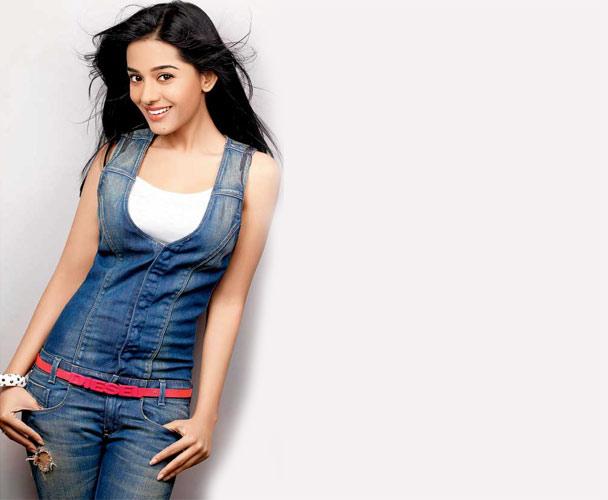 Amrita Rao Wants To Explore Darker Emotions Onscreen