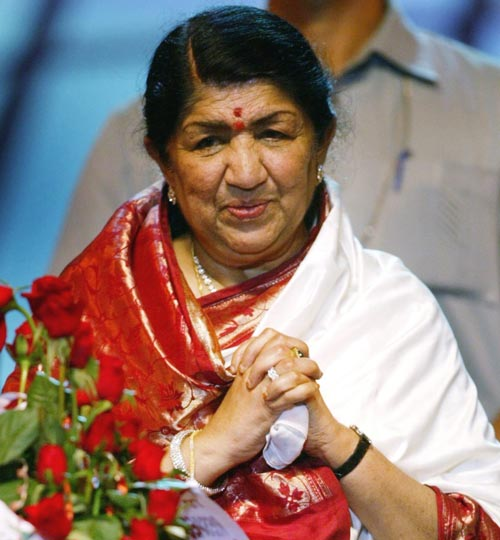 Lata Mangeshkar Is Stable Now