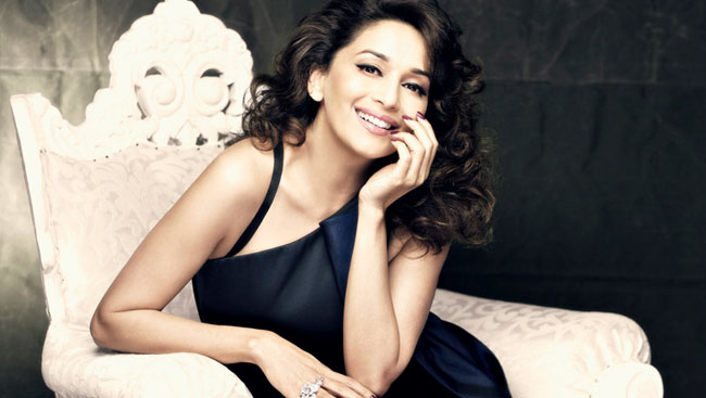 The Queen of Dance Madhuri Dixit isn't shy to learn dance moves from Nora Fatehi