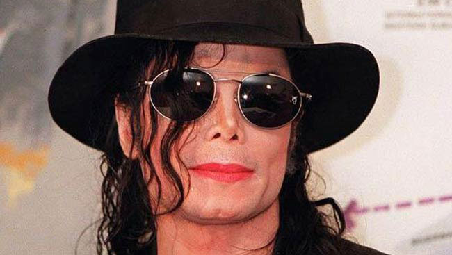 Michael Jackson Impersonator Defends King Of Pop