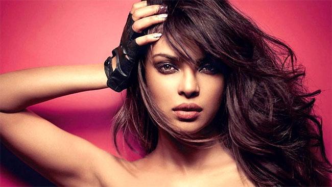 Priyanka To Star In Netflix Superhero Movie
