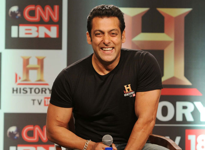 Salman Khan Is Upset, Wants To Find Who From His Production Team Is Leaking News About Dabangg 3!
