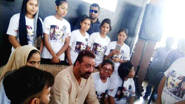PICS: Sanjay Dutt Feels Inspired By Acid Attack Survivors