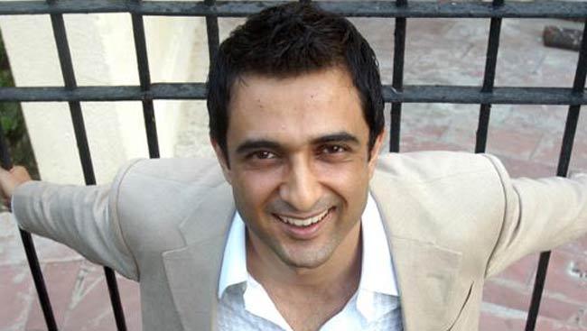 sanjay suri wife