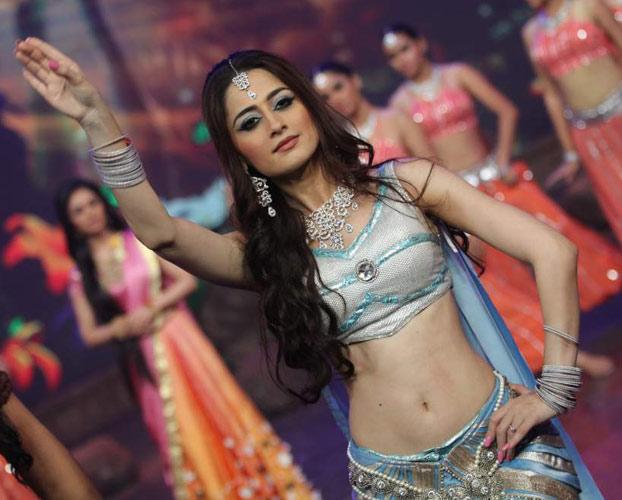 Sanjeeda Learns Punjabi Her Maiden Punjabi Film 'Ashke'