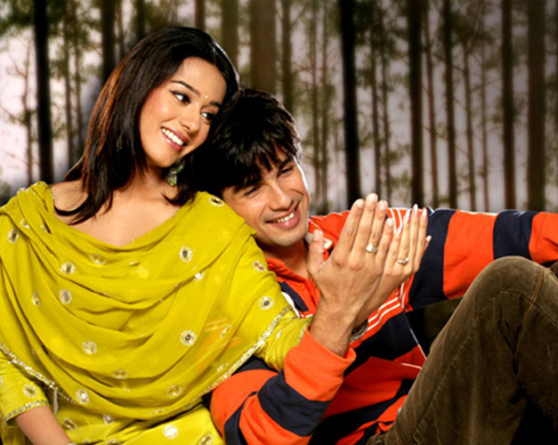 Amrita Rao clarifies past link-up with Shahid Kapoor