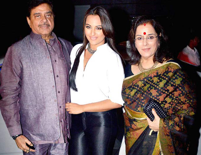 Shatrughan Sinha Defends Controversial #MeToo Comments With More Of The Same