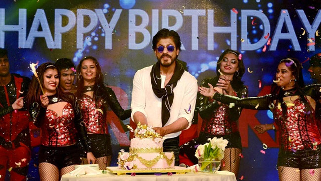 Shah Rukh Khan Praises Airpods On Instagram