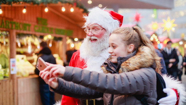 Share a Bite, Share Holiday Cheer at Vancouver Christmas Market