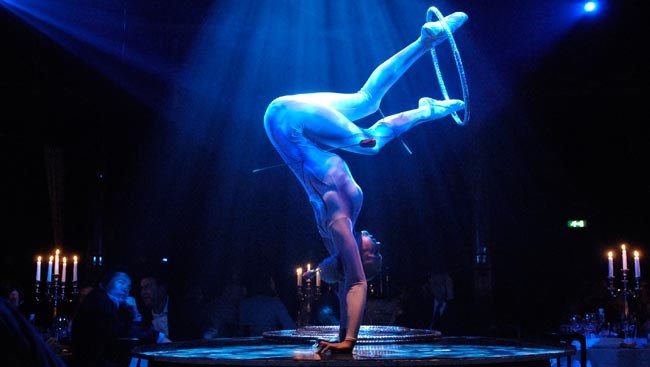 Bacio Rosso launches Canada's first ever gourmet cabaret cirque in Vancouver