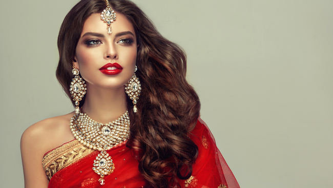 Steal The Show This Diwali By Experimenting With Different Saree Styles