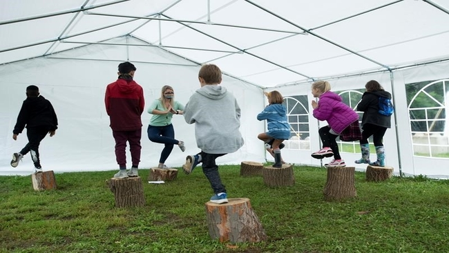 Parents, educators push for outdoor learning