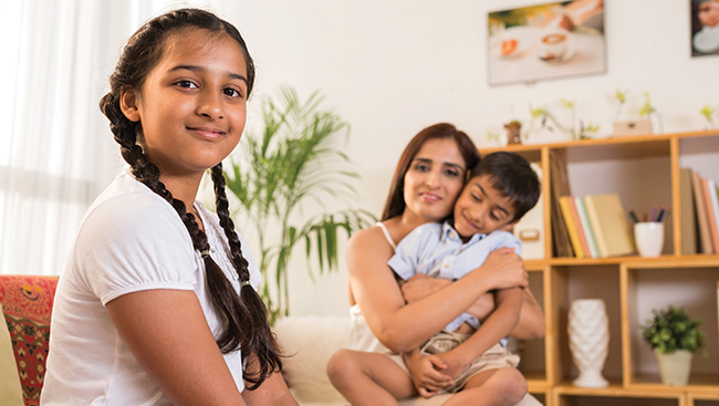 """The """"Indian Way"""" of Parenting – Is it Problematic?"""