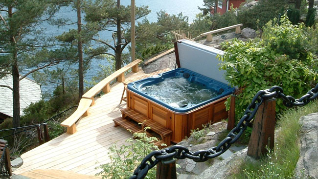 Innovative hot tub technology improves energy efficiency, cost savings