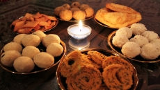 Guilt-Free Festive Indulgence! How To Sensibly Eat During This Diwali