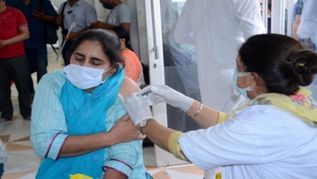 Some reports on vaccination numbers 'incorrect', says Health Ministry