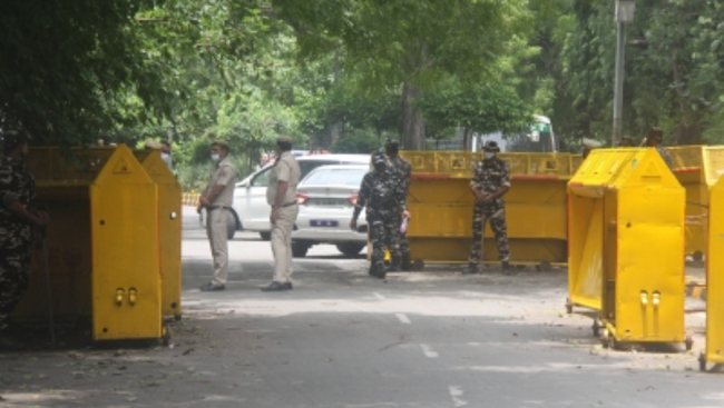 Delhi police beef up security at Jantar Mantar ahead of farmers' protest