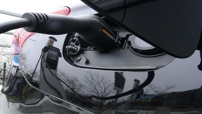 Electric car rebates proving popular