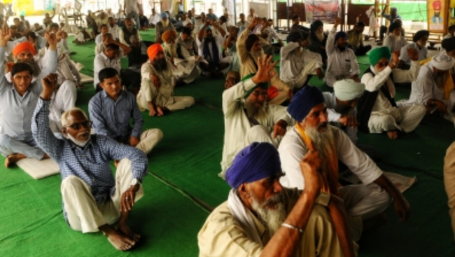 Government still open to discussion with farmers' unions