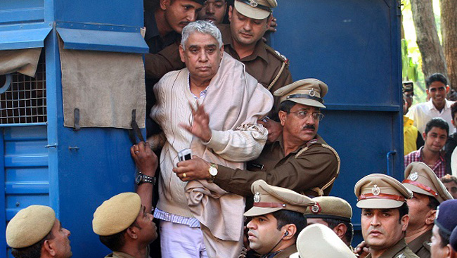 Rampal, 14 Others Get Life Term For Murder Of 5 People In 2014