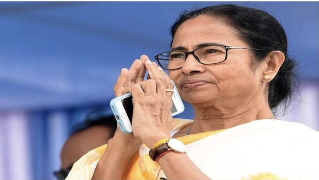 Mamata sets out for Delhi with an agenda