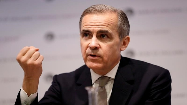 Mark Carney comes out as Liberal, pledges support