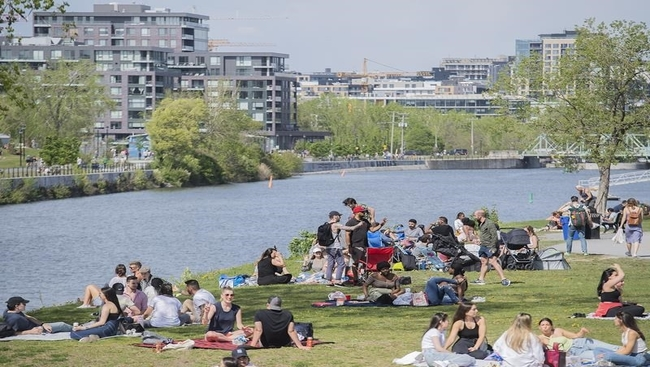 When does a heat wave become a health hazard?