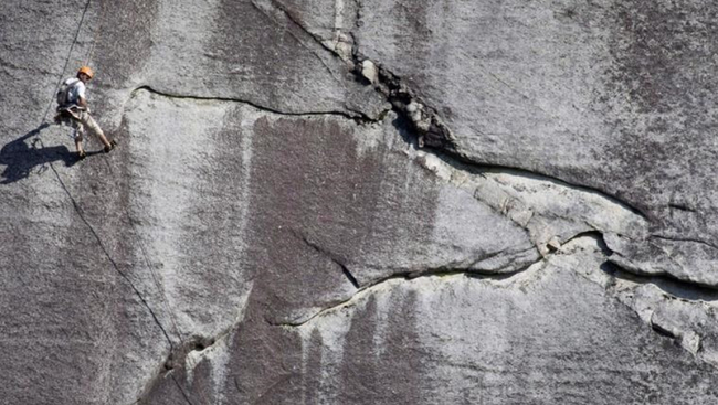 Heat might have played a part in B.C. rockfall