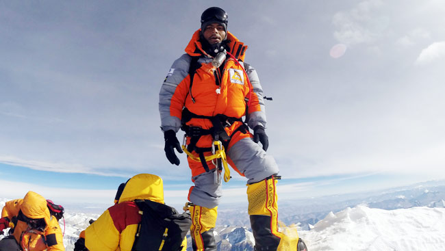S. Anand Kumar, First Dalit To Scale Mount Everest But Still A Victim Of Ragging!