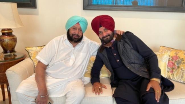 CM & Sidhu bury hatchet, reminiscence old times, hint at bigger battles
