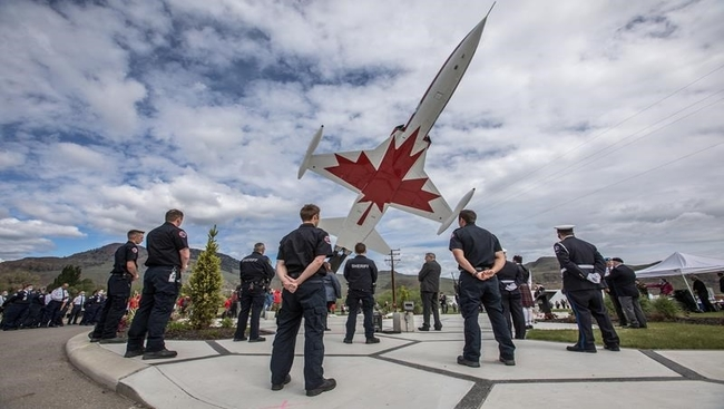 Local legion honours victim, survivor of Snowbirds crash in Kamloops, B.C.