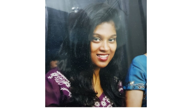 Toronto Police looking for missing 26 year old woman Roja Sritharan