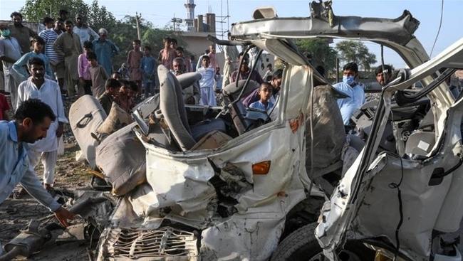 Sikh Pilgrims die in a bus and train crash in Pakistan