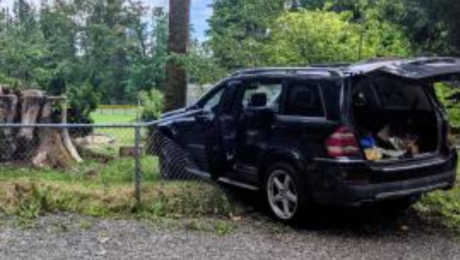 Luckily no injuries after vehicle crashes into school playground