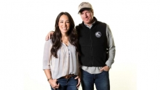 Chip, Joanna Gaines return to 'Fixer Upper' for new network