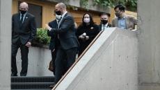 Mountie warned against arresting Meng on plane