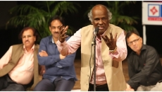 Legendary Urdu poet Rahat Indori passes away due to heart attack.
