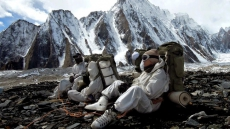 4 Soldiers, 2 Porters Dead After Avalanche Hits Army Patrol In Siachen