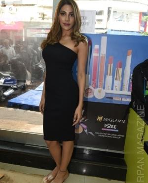 Nikki Tamboli look chic in black at launch of Renne Cosmetics