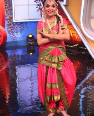 Singer Sugandha Mishra performs Bharatnatyam