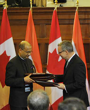 PM Modi and Canadian PM, Mr. Stephen Harper witnessing the exchange of signed documents at Ottawa