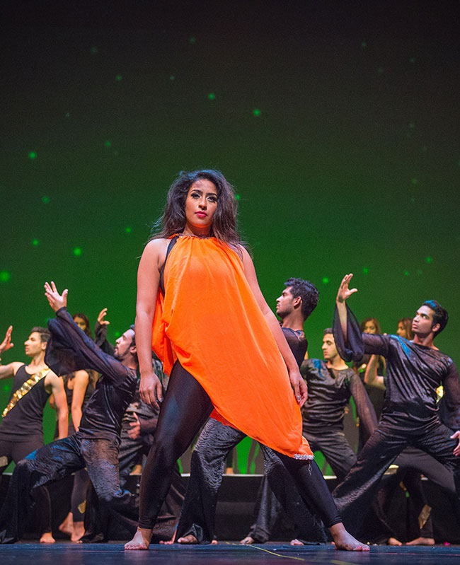 Contemporary performance by Shiamak's Special Potential Batch.