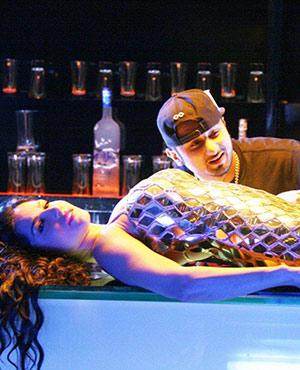Sunny Leone and Yo Y Honey Singh