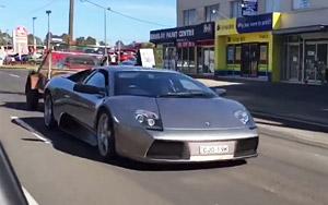 Guy Uses $200,000 Lamborghini to Tow a Trailer of Goats