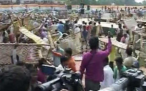 Locals Fight For Cots After Rahul Gandhi's 'Khat Chaupal' Ends In Chaos